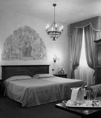 florence hotel 2.jpg