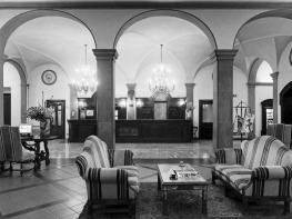 florence hotel 3.jpg